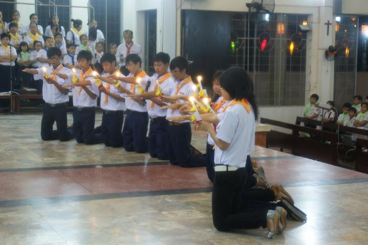 Lễ tốt nghiệp - tuyên hứa Vào đời