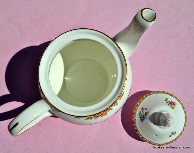 Malvern large floral bone china teapot