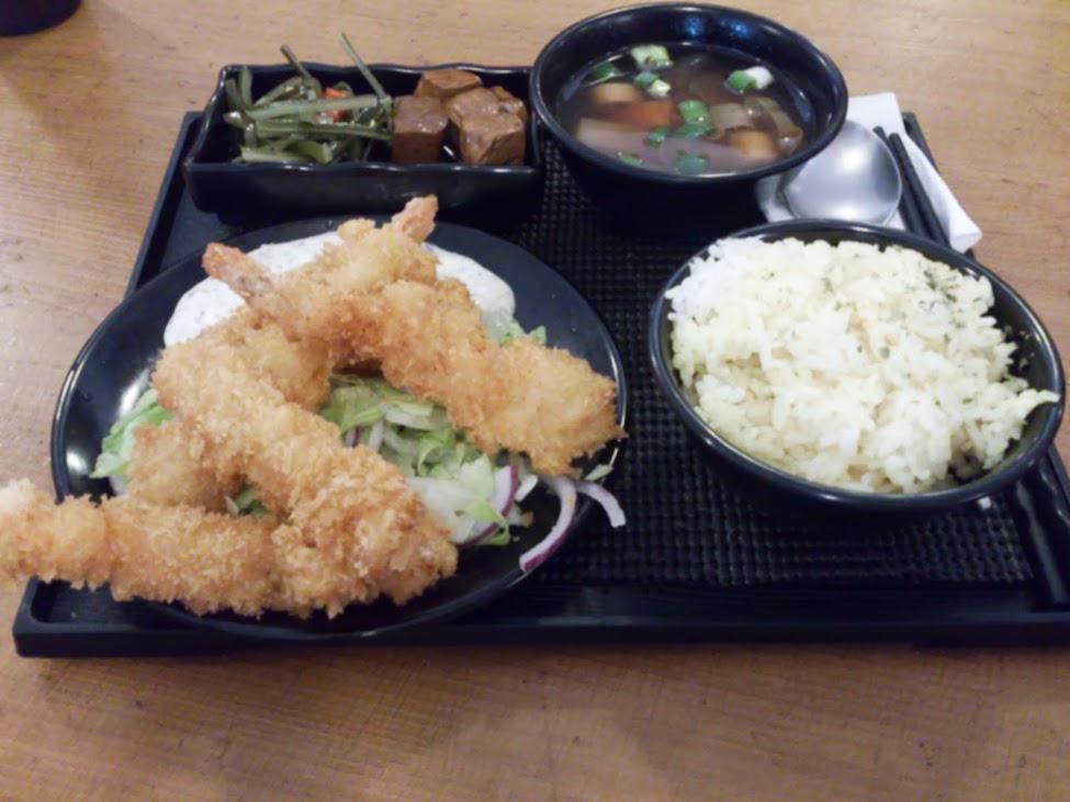 R店商業午餐 & 新手機Sony Xperia Z 小紫入手。
