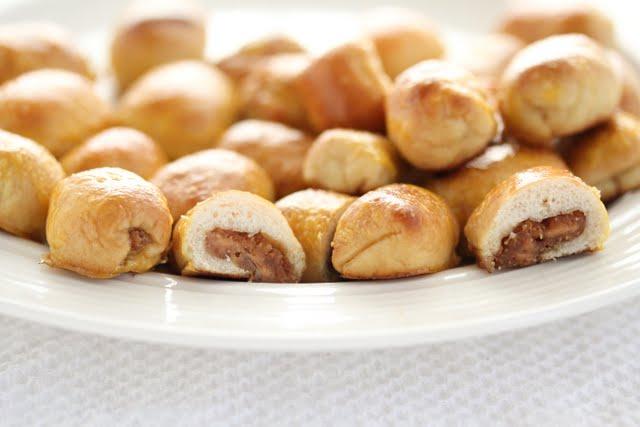 close-up photo of a plate of Peanut Butter Soft Pretzel Bites
