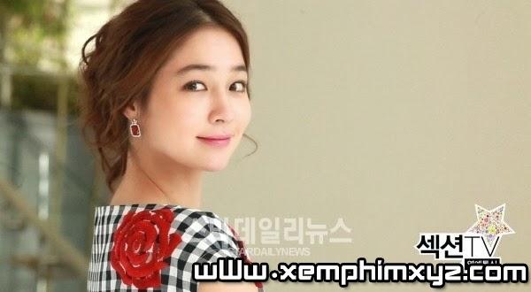 """""""Người đàn bà xảo quyệt"""" Lee Min Jung bị đánh ghen giữa phố 9"""