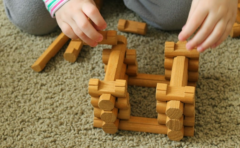 Building with the Lincoln Logs Redfield Ranch Set