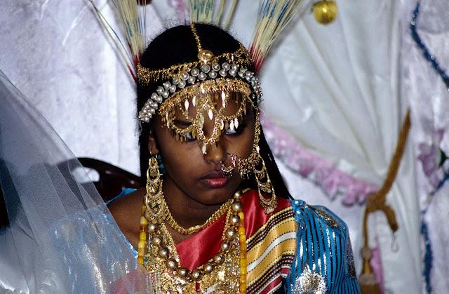 الزواج والافراح فى جيبوتى تتناغم العادات العربية والافريقية (( صور ))Djibouti  019%252520Mariage%252520afars%252520decembre%2525201990