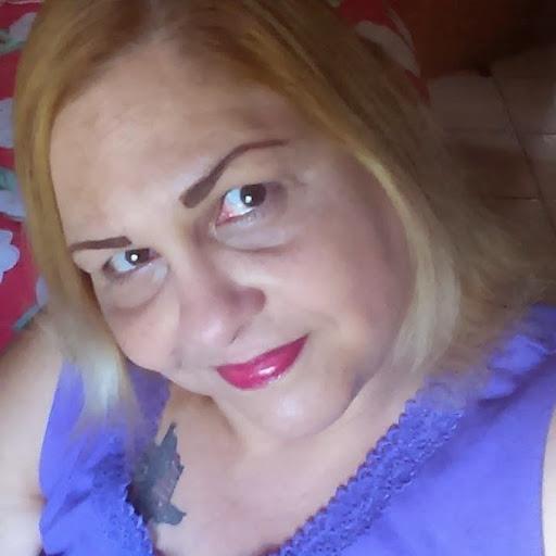 Elizabeth Cruz