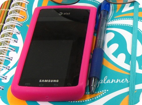 samsung captivate with pink rubber phone case