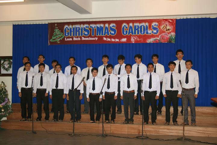 Christmas Carols tại tiểu Chủng viện Lâm Bích Nha Trang.