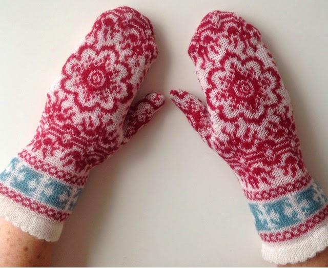 strikket halstørklæde opskrift gratis