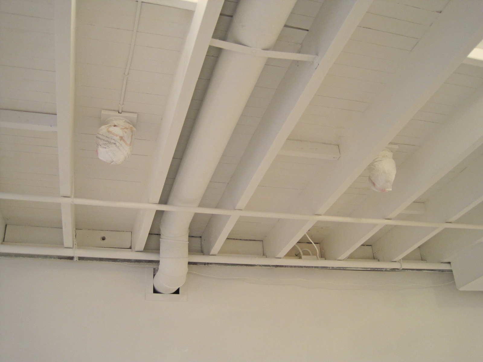 Http Cheapnikeshoeas Blogspot Com 2014 04 Exposed Basement Ceiling Html