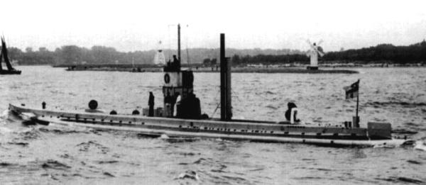 German submarine U-9