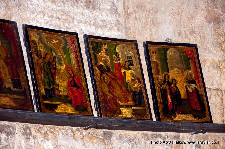 Старинные иконы в Георгиевской церкви в Лоде. Гид в Израиле Светлана Фиалкова.