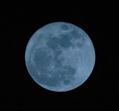 Supermoon and Spring - March 20, 2011