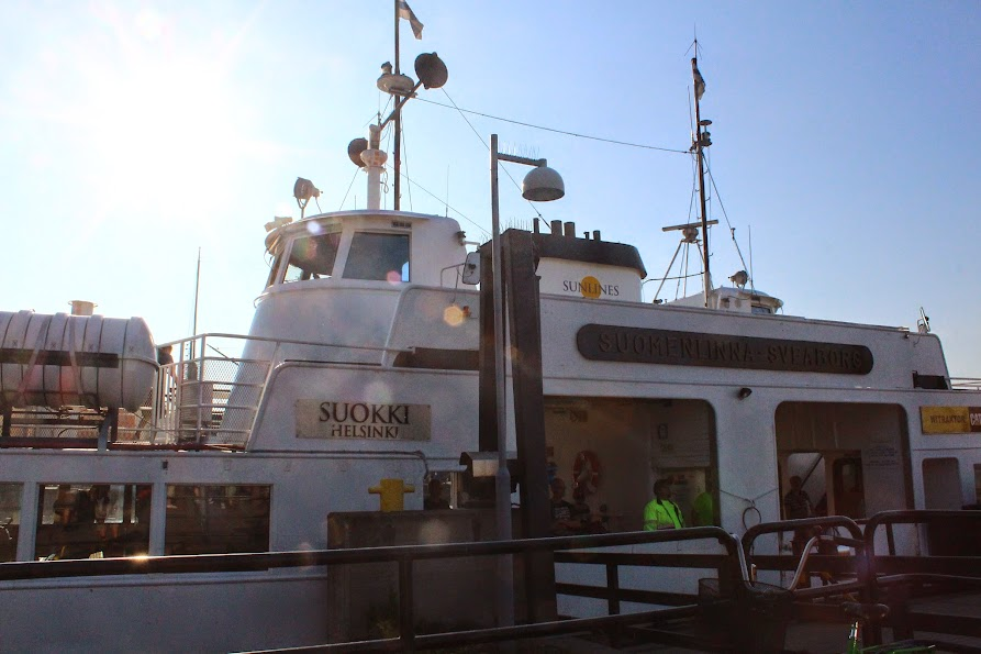 the ferry to the Sea Fortress of Suomenlinna