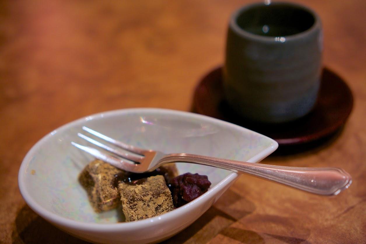 甘み:抹茶のわらび餅