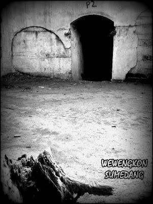 Menapaki Jejak Sejarah di Benteng Pasirkolecer, Gunung Gadung