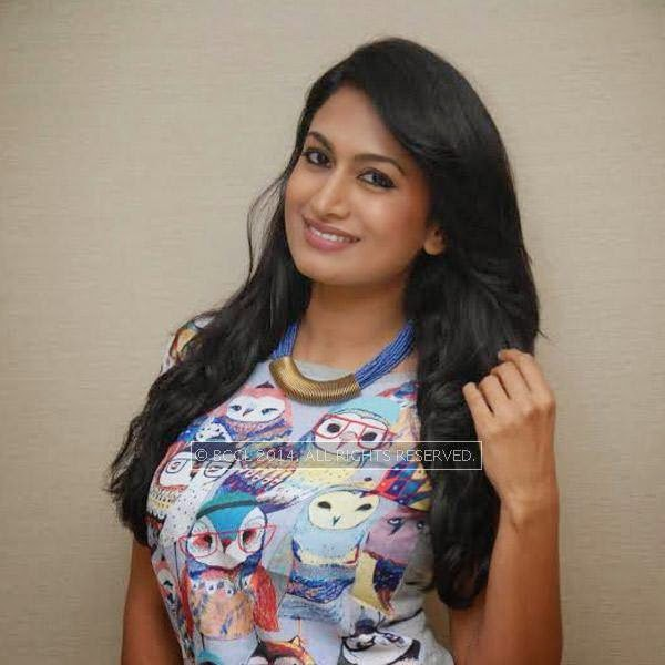 Shweta Srivastav at the press meet of Fair and Lovely held in Bangalore.
