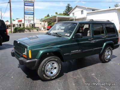1999 Jeep Cherokee Sport 4x4