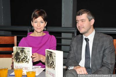 Anna Popek i z-ca dyrektora muzeum dr Paweł Ukielski