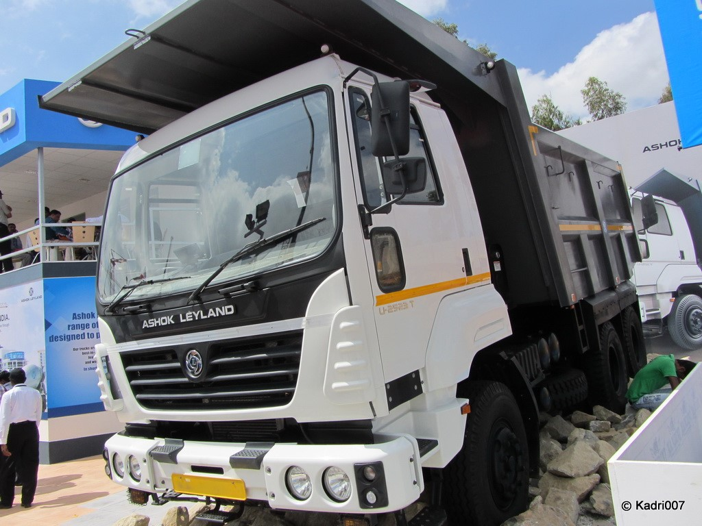 Ashok Leyland U Truck - Yeshwanth Live