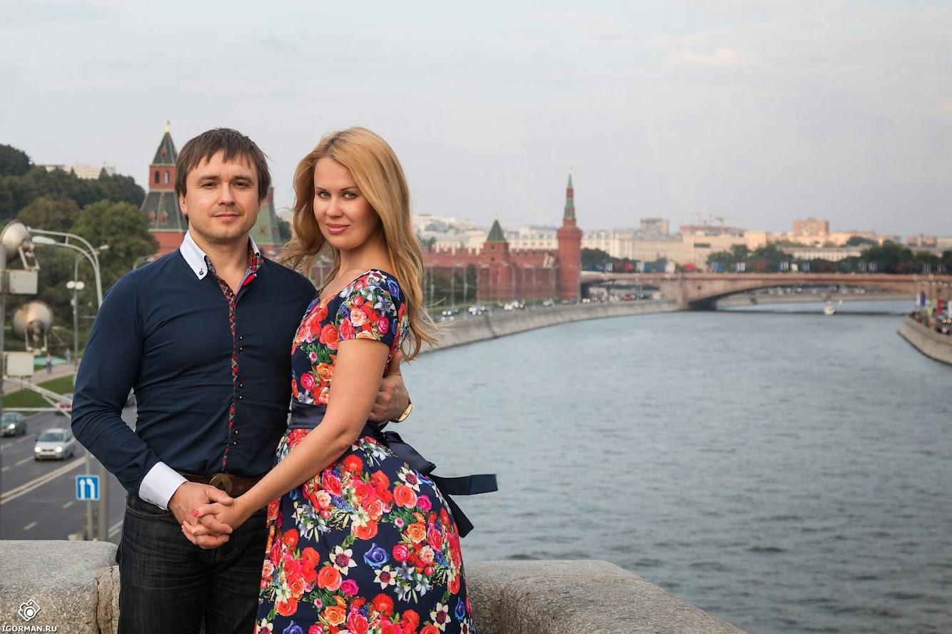 Фотосессии на природе в Москва - Большой каменный мост, вид на Кремль