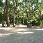 Small picnic area in Blackbutt Reserve (399886)