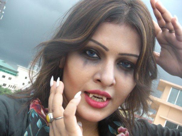 Banglarxxx Blogspot Com: Bangladesh Hero Alom: Banglalink Model Girl Tinni Pet Shaj