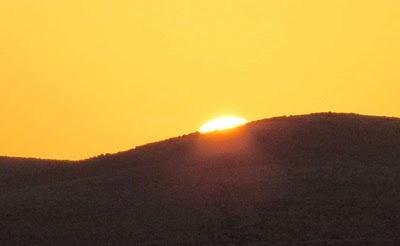 זריחת השמש בבורות לוץ