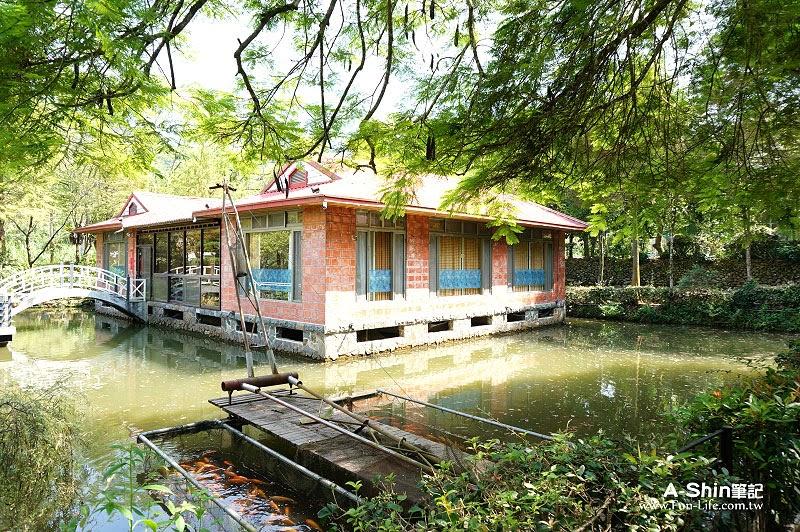 南投一日遊:土角厝水上餐廳2