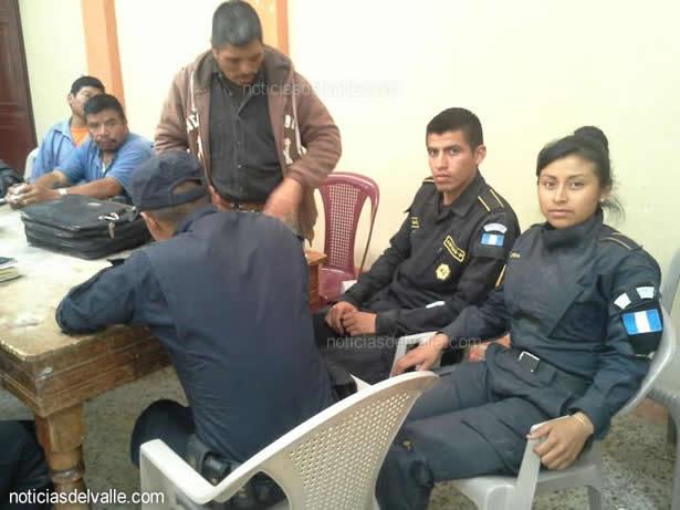 Liberan a elementos de la PNC retenidos en Tajumulco