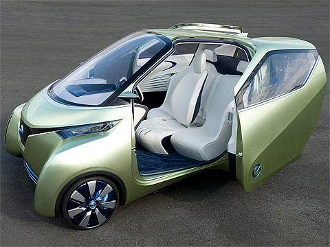 Motor Trend: 2011 NISSAN Pivo 3 Concept