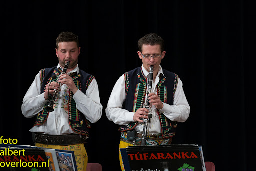Blaaskapel Freunde Echo met Tufaranka Overloon 19-04-2014 (46).jpg