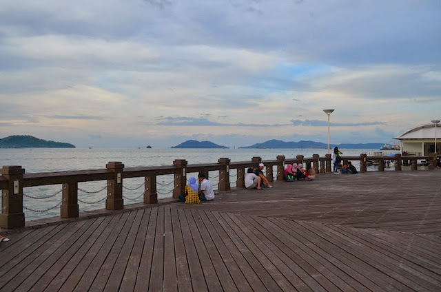 The-Waterfront-kota-kinabalu