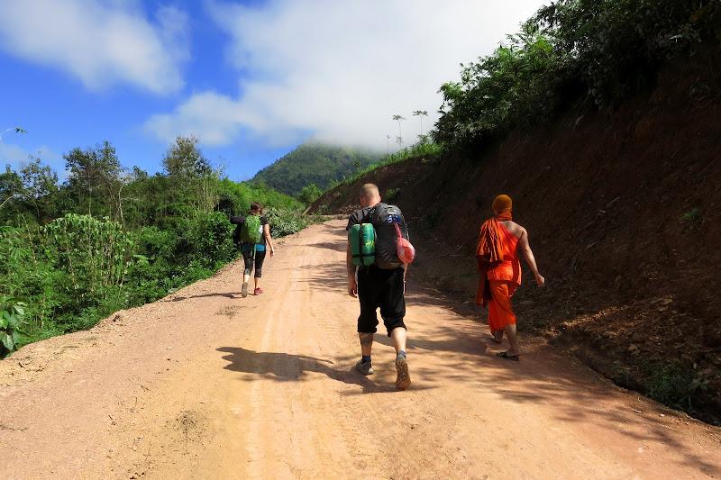 Jena, Tony, Monk K beginning the hike