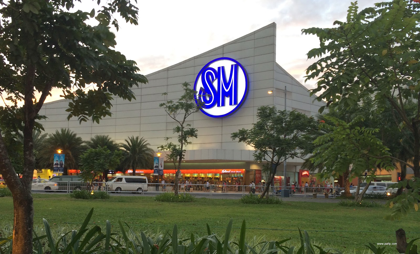 Martilyo Gang fired a gun inside SM Mall of Asia