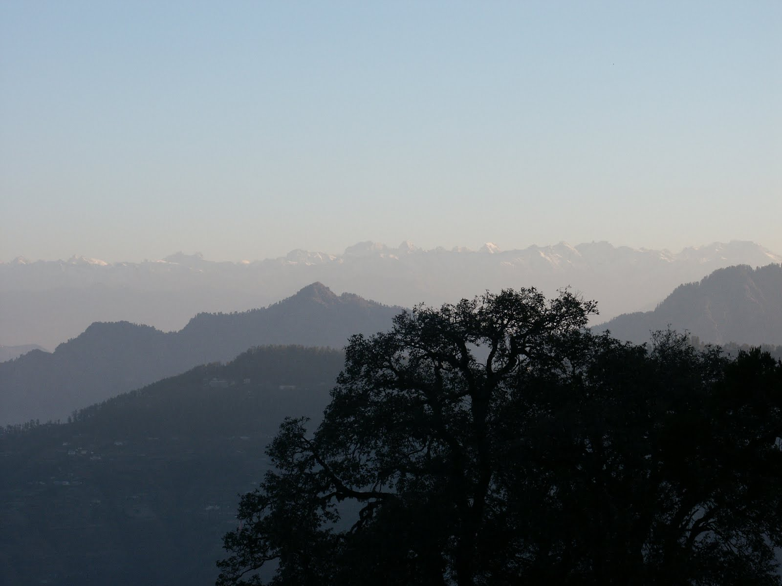 a visit to a hill station shimla One of the most popular hill stations near delhi, manali lies amid the lush beas river valley at an altitude of 6260 feet above the sea level this hill town is nestled at the end of the kullu valley along the banks of river beas.