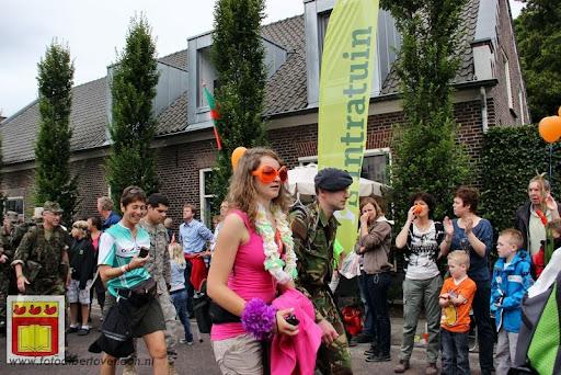 Vierdaagse van Nijmegen door Cuijk 20-07-2012 (34).JPG