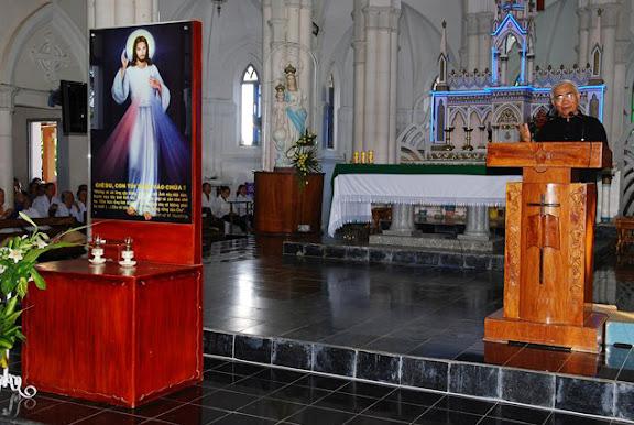 Giáo Hạt Ninh Hải Mừng Lễ Lòng Thương Xót Chúa