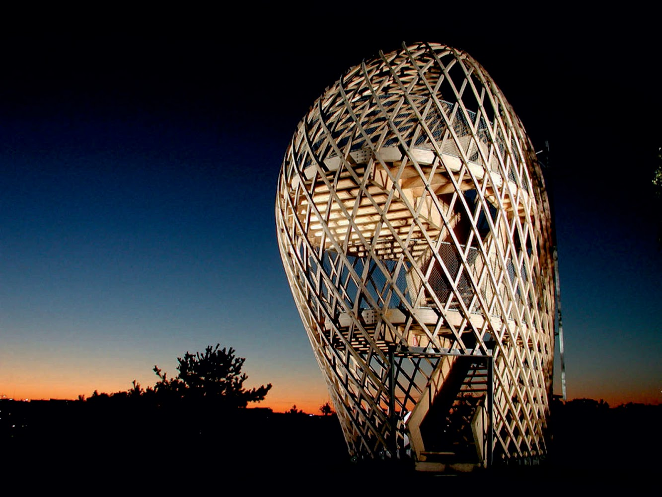 Helsinki, Finlandia: Zoo Lookout Tower by Avanto Architects