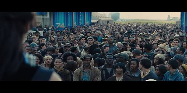 Screen Shot Of Hollywood Movie The Hunger Games: Catching Fire (2013) Download And Watch Online Free at Alldownloads4u.Com