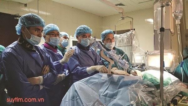 Phương pháp can thiệp nội mạch sửa van tim hai lá