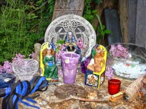 Setting Up Your Beltane Altar