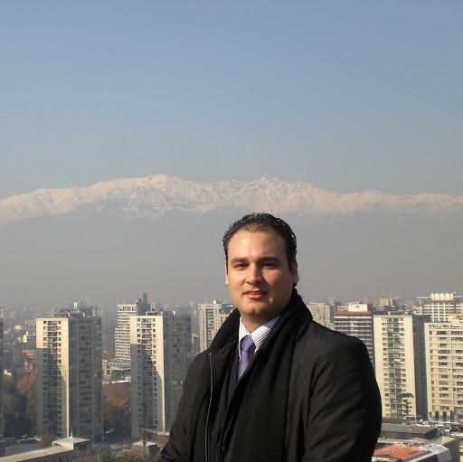 Julio Reyes Photo 18