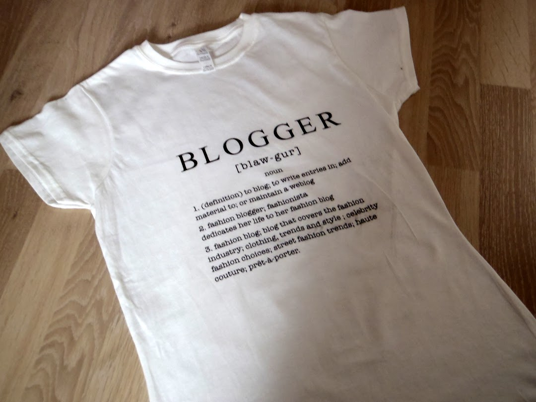 NEW IN: BLOGGER T-SHIRT