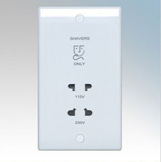 BG Nexus 820 - 115/230V dual voltage shaver socket