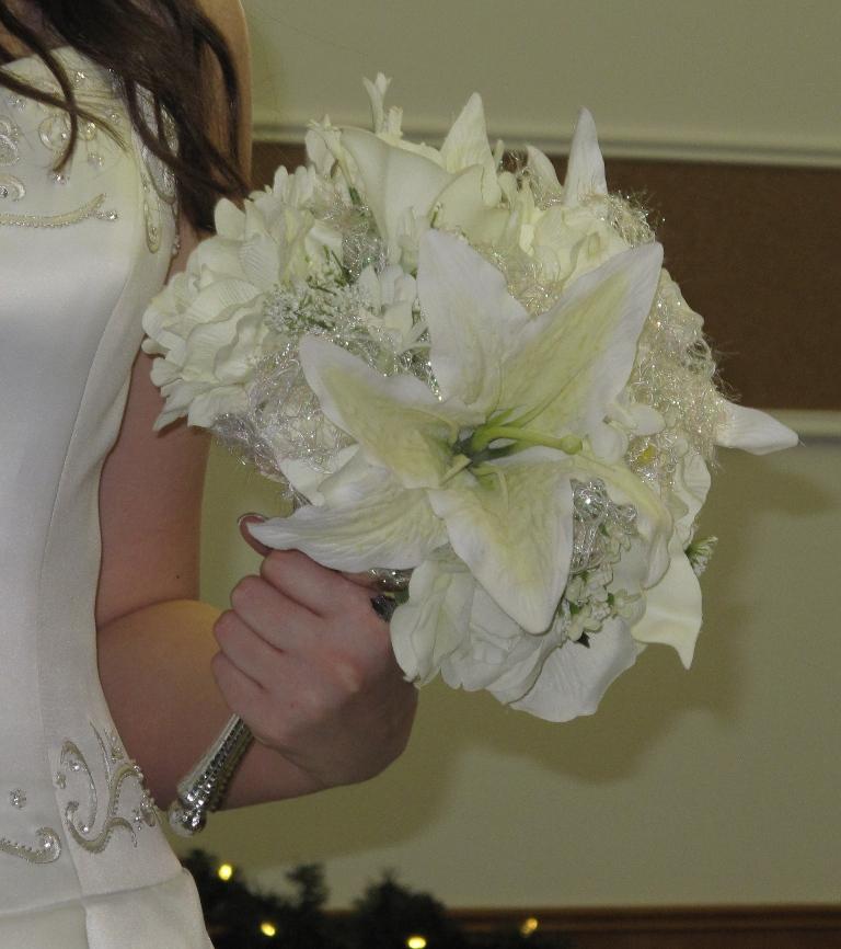 Bride in Bloom: Wedding flower bridal bouquet set, white lilies ...