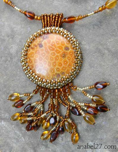 Кулон с окаменелым кораллом Anabel