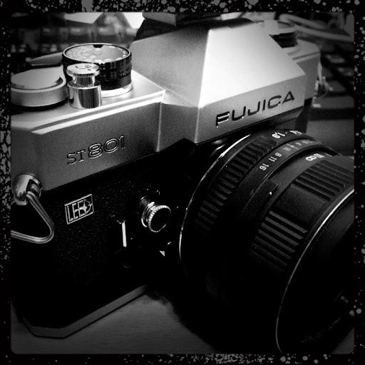 FUJICA ST801 + 俄國鏡頭ZENTER MC 50 1.9