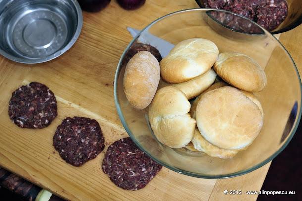 Razvan Anton - chifle hamburger