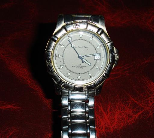 Reloj marca Cristian Lay..funcionando