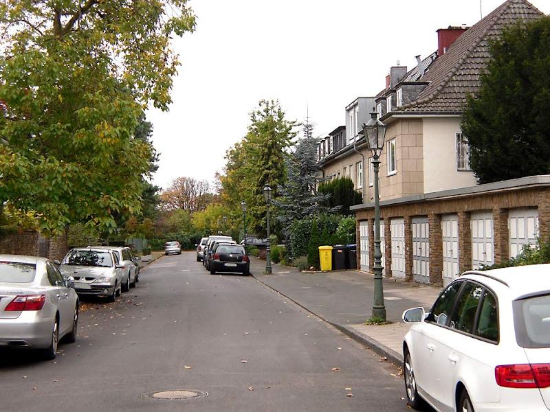 Улица Райнбергер-штрассе в Дюссельдорфе. Свободное изображение сайта ДЮССЕЛЬДОРФ И ЕГО ОКРЕСТНОСТИ.