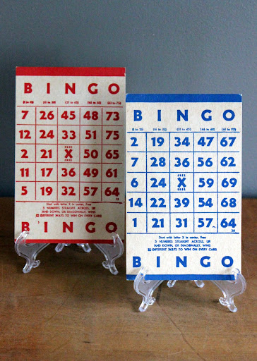 Red and blue bingo cards from the rental inventory of www.momentarilyyours.com, $0.50 each.